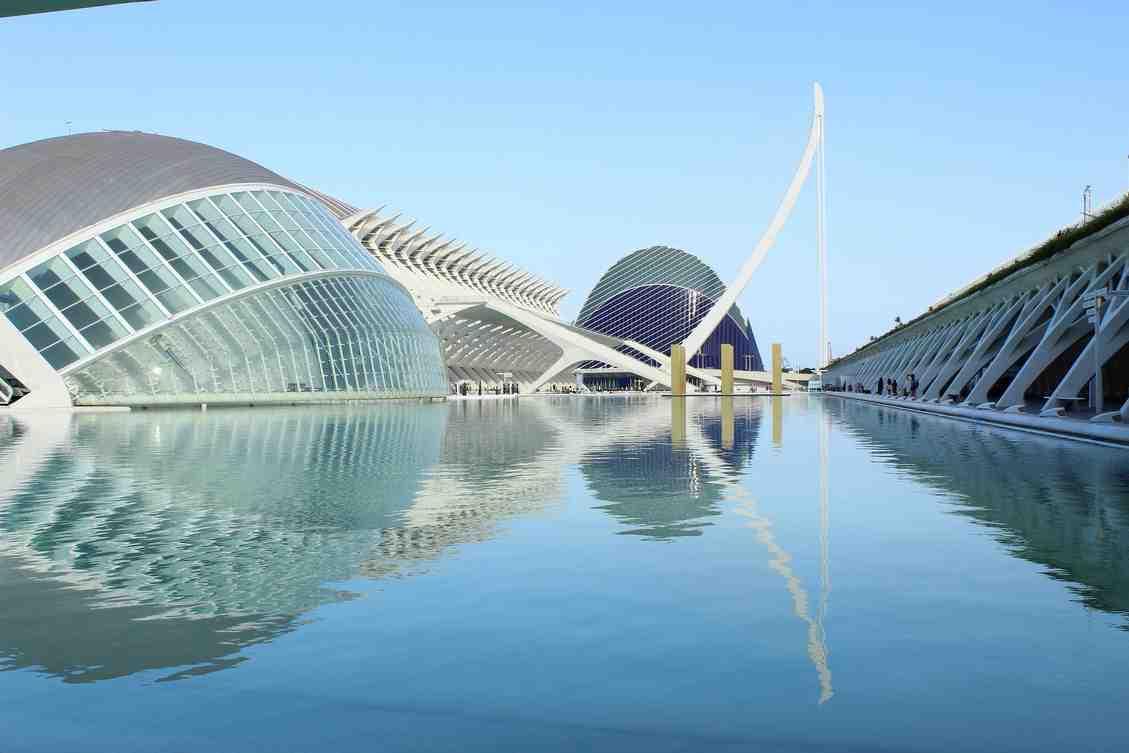 Zie Ciudad de las Artes y las Ciencias